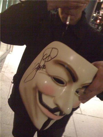 Tom Cruise autographed a German Anon's V Mask